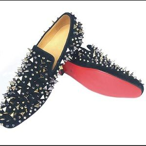 Red bottom spike shoes